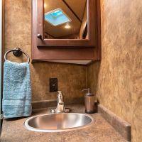 Exiss-Endeavor-8310-Bathroom-Vanity-71022