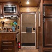 Exiss-Endeavor-8310-Kitchen-1-71022