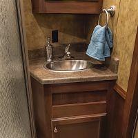Exiss-Endeavor-8312LQ-Bathroom-Vanity